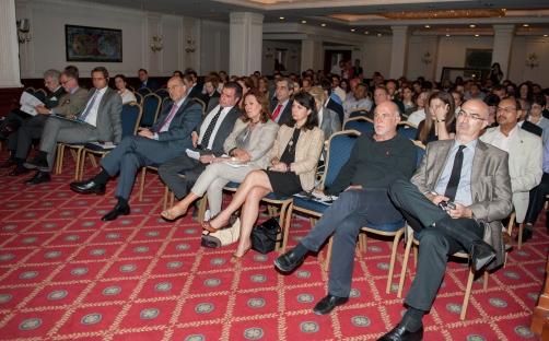 Ο Υπουργός Δ.Τάξης & Π.τ.Π. κος Ν.Δένδιας , o Δήμαρχος των Αθηναίων κος Γ. Καμίνης , o Πρέσβης της Ιταλίας κος C.Glaentzer, ο Πρέσβης της Ισπανίας κος A. Lucini , ο Πρέσβης της Νορβηγίας κος S. Larsen , η Γ.Γ Δημόσιας Υγείας κα Χ. Παπανικολάου , Υπουργείο Ανάπτυξης κα Ε. Πατιμπούλη , ο Πρόεδρος του Ξ.Ε.Ε κος Γ.Τσακίρης , ο Γ.Γ. ΣΕΤΕ κος Γ. Βερνίκος